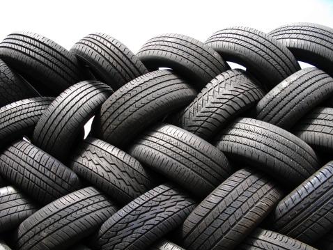 Comment choisir la marque de vos pneus ?