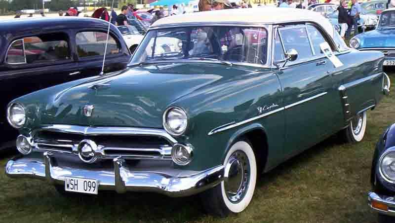 Ford Crestline Victoria